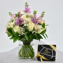 Exotic Blossoms and Godiva Chocolate Bar: Gifts Combos