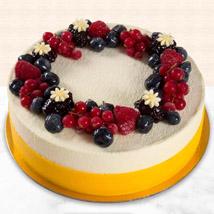 Yummy Vanilla Berry Delight Cake: Cakes In Dubai